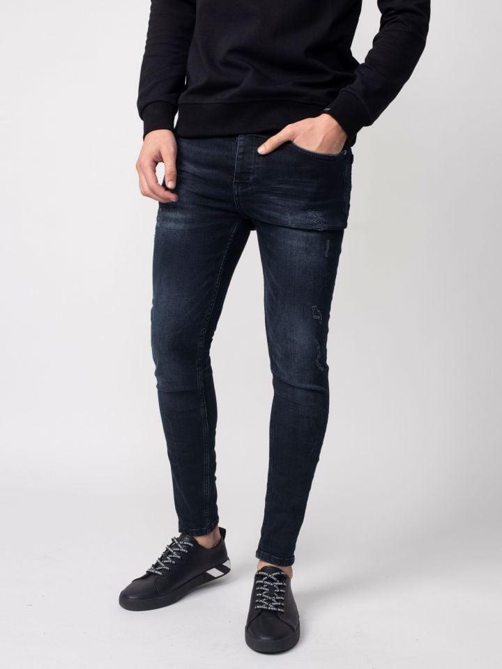 ג`ינס סופר סקיני עם אפקט שטיפה