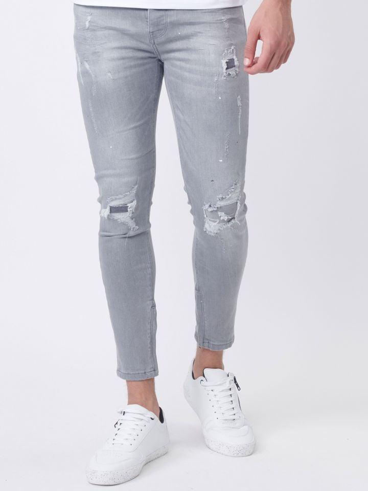 ג'ינס עם קרעים