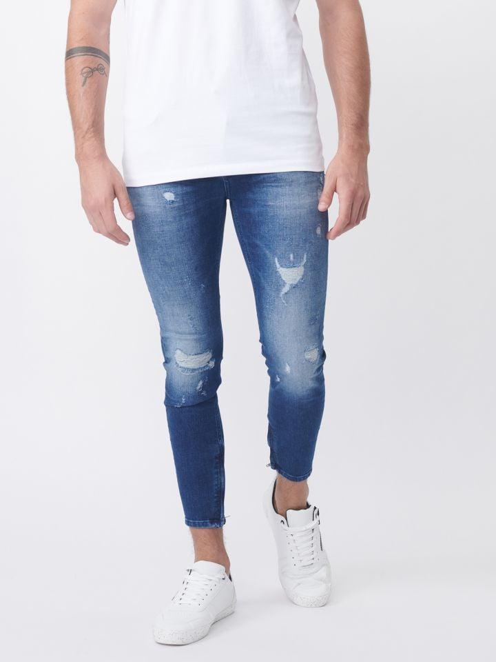 ג`ינס עם אפקט שטיפה