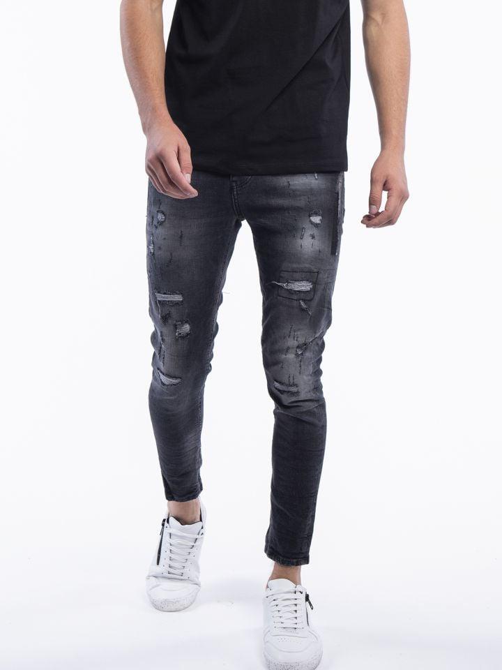 ג`ינס אפור עם קרעים