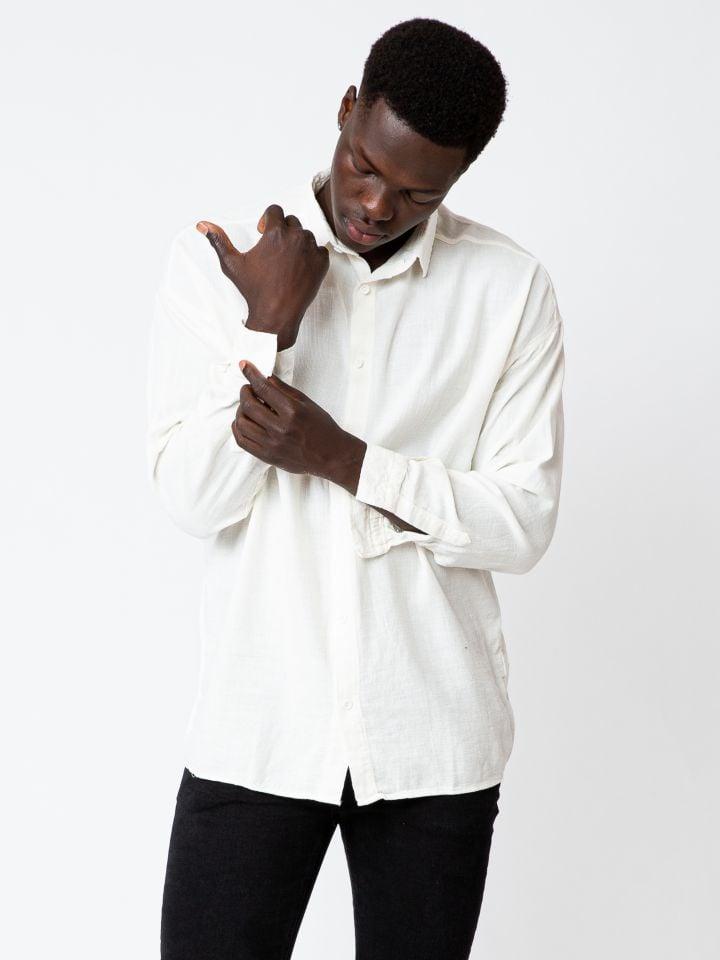 חולצה מכופתרת במראה פשתן